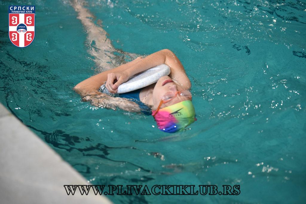 leđno plivanje greške